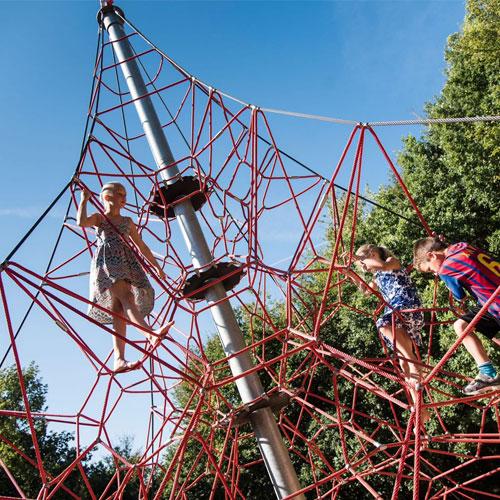 Spider Pyramid 8-6 Rope Climber
